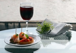 Is it okay to have wine at a business lunch?